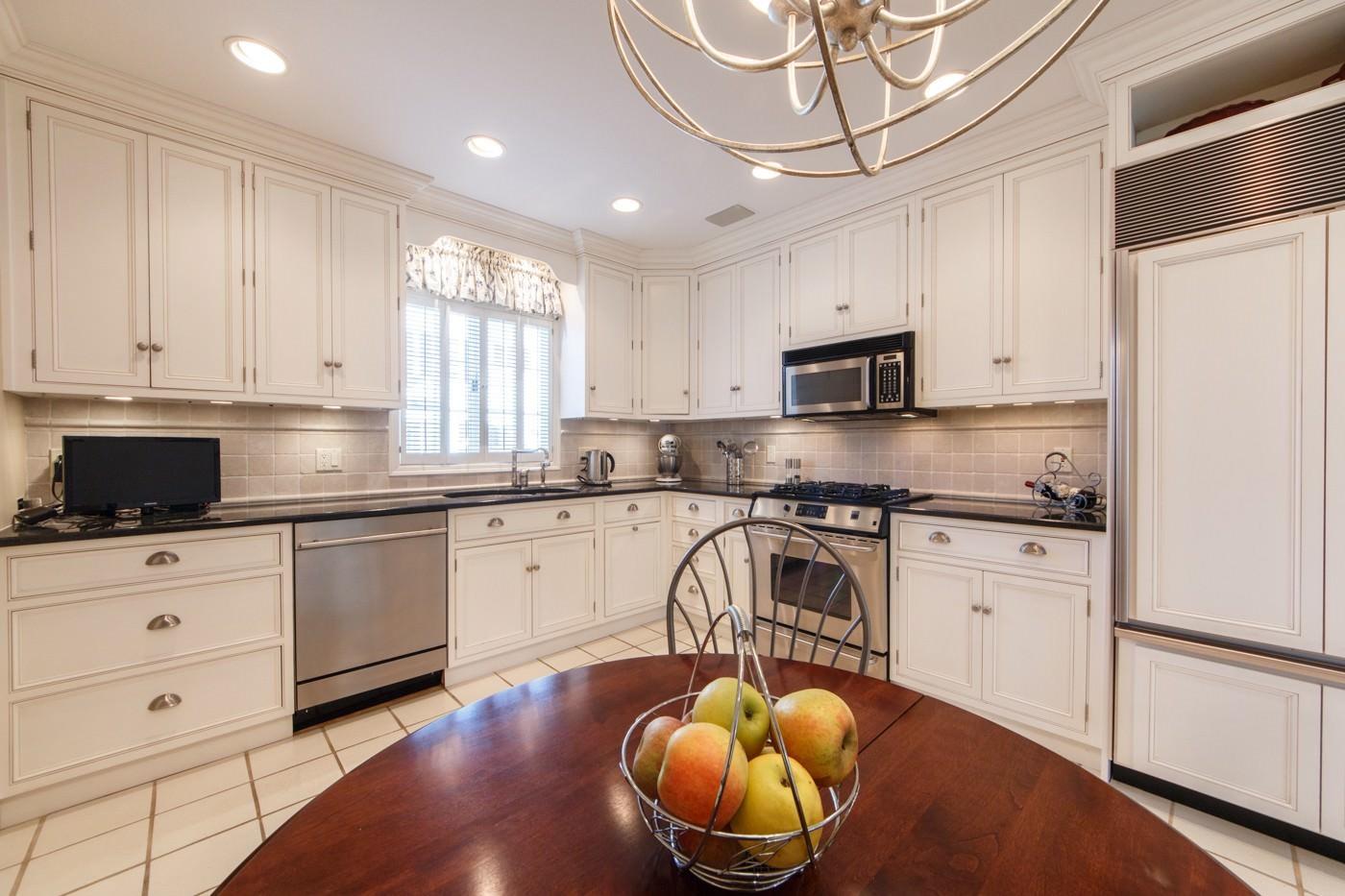 Kitchen cabinets summit nj - 50 New England Ave Unit A Summit Nj 07901