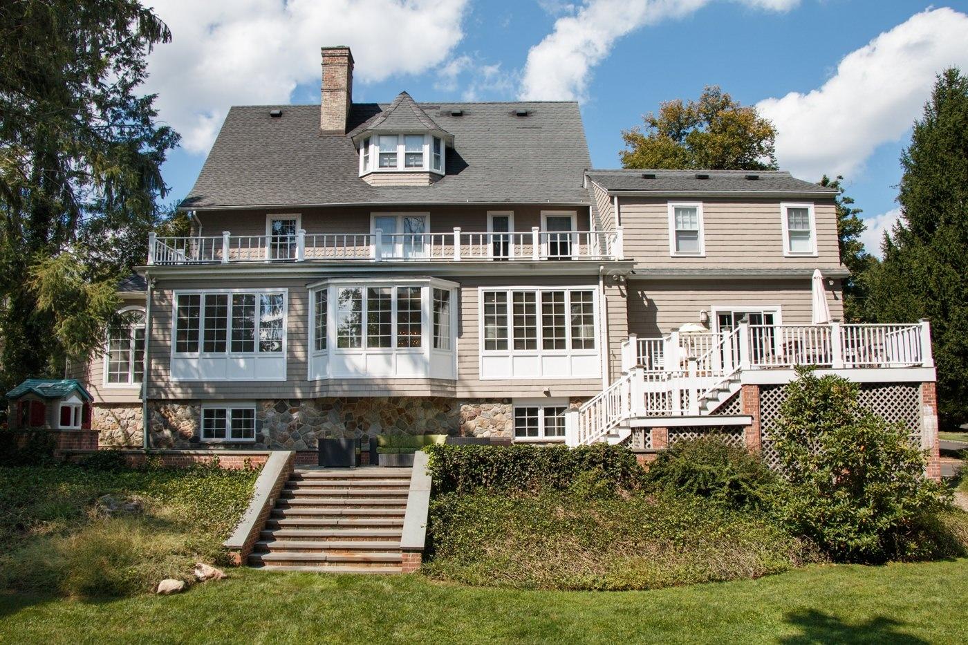 36 Forest Dr North Short Hills, NJ 07078