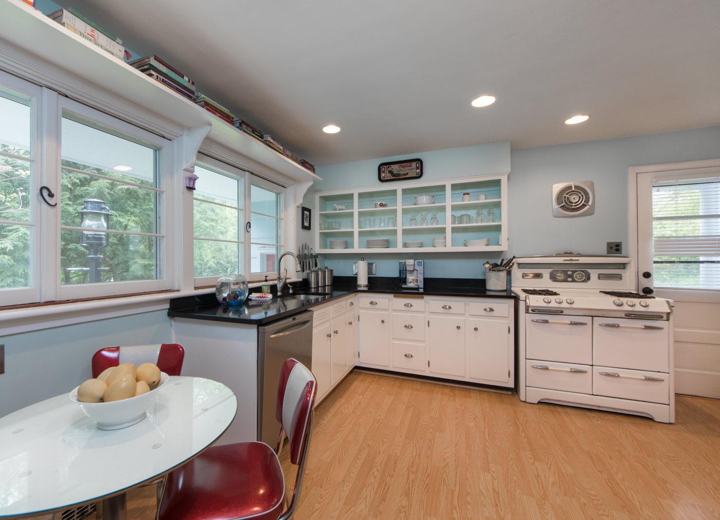 Kitchen cabinets summit nj - 7 Stony Hill Ct Summit Nj 07901