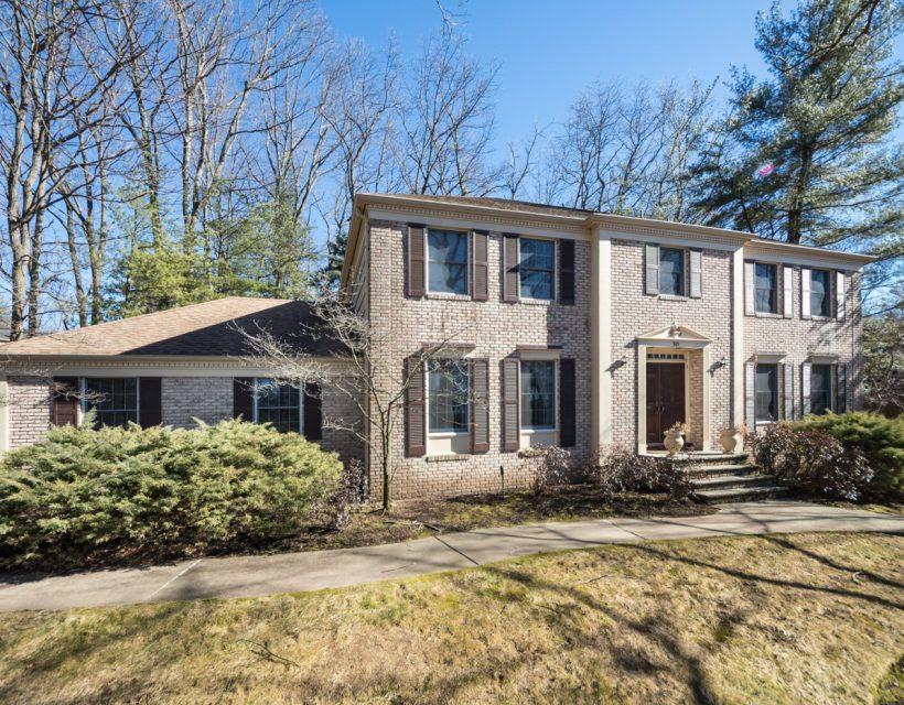 30 Talbot Ct., Short Hills, NJ 07078